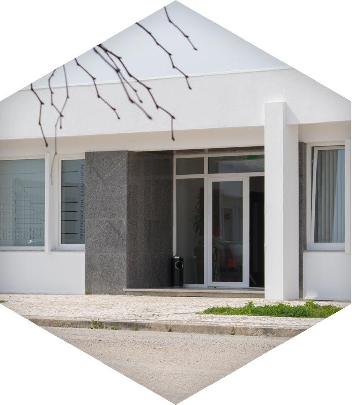 Vista do Edifício de Escritórios - Centro Empresarial Feira (CEF)